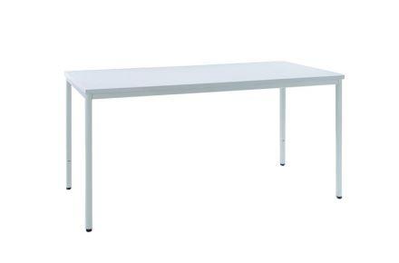 Equipamentos especiais - 1 mesa (c. 180x50cm)