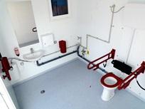 Vista interior de execução sem barreiras de acordo com a norma DIN 18040-1