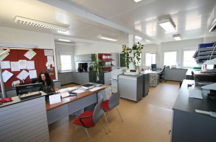 CONTENTORES - um produto com futuro - Office