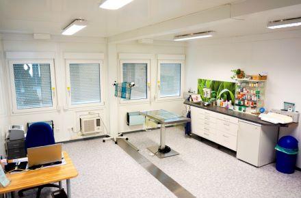 Clínica veterinária com consultórios, Brechen - Alemanha