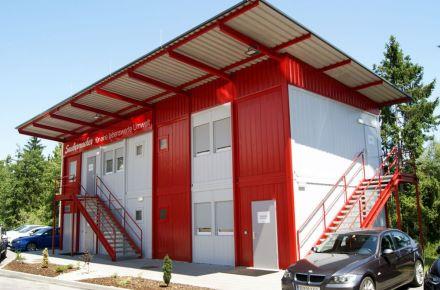 "Vestiários e áreas sanitárias para a empresa ""Saubermacher"", em Unterpremstätten, Áustria"