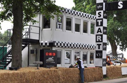 """Módulos de espaço móveis para o """"Goodwood-Festival of Speed"""" na Inglaterra, Grã-Bretanha"""