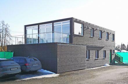 Contentor-escritório com revestimento de madeira, NO-Dal