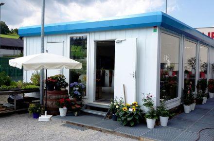"""Espaço para venda de flores """"Thalhamer"""", Kumberg, Áustria"""