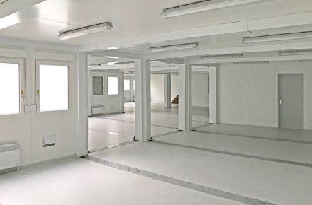 Escritório modular para gestão de produção do «IAC Group», Prestice (Rep. Checa)