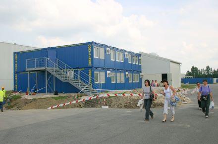 CONTAINEX - Contentor de escritório como vestiário da Firma Denso, HU-Szekesfehervar
