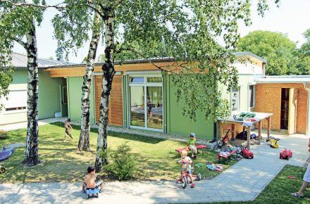 Jardim de infância em cerca de ca. 30 m²