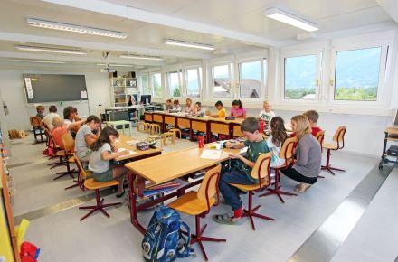 Escola em cerca de 70 m²